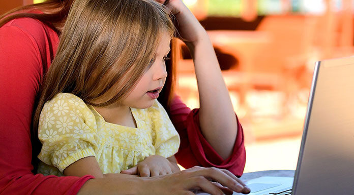 Nauka zdalna a opieka nad dzieckiem